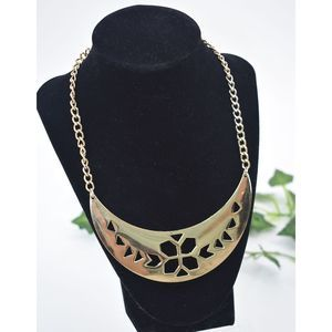 Gold cut out plated deco floral collar necklace